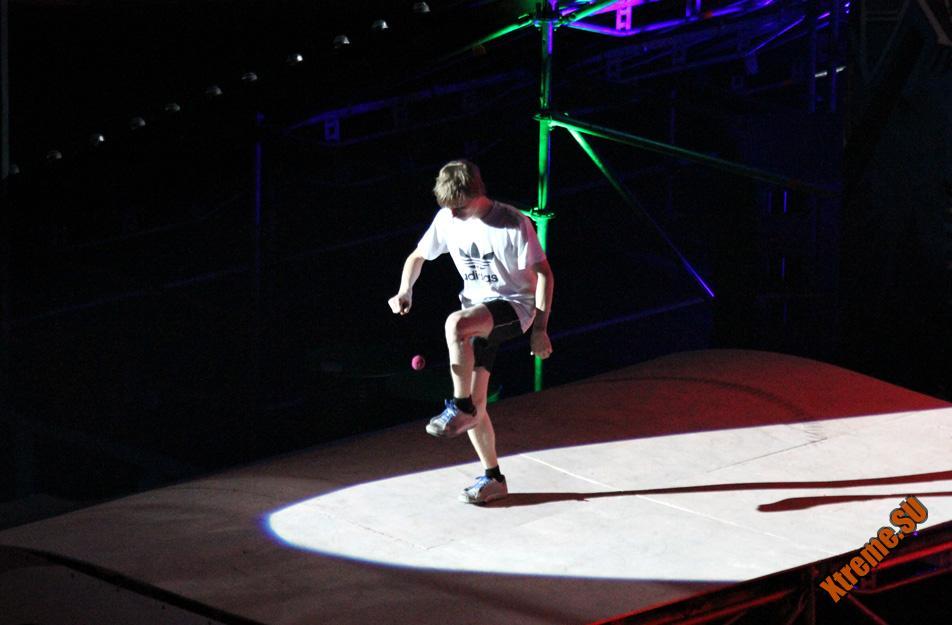 Выступление звёзд футбэга на фестивале экстремальных видов спорта «Прорыв» 2011